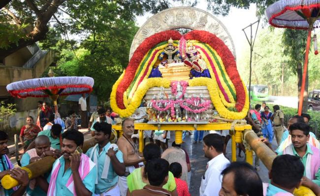 Sri Kapileswara Swamy Brahmotsavam 2nd Dday Photo Gallery - Sakshi