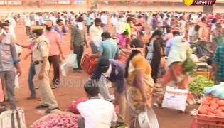 Huge crowds For Daily Essentials in Vijayawada