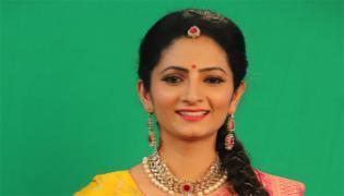 Bigg Boss 4 Telugu: Anchor Sujatha 5th Contestant - Sakshi