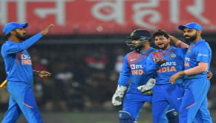India outclass Sri Lanka by 7 wickets at Indore Photo Gallery - Sakshi