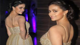 Actress keerthy suresh Exclusive Photo Gallery - Sakshi