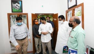 Cm Ys Jagan Visits Model House Tadepalli - Sakshi