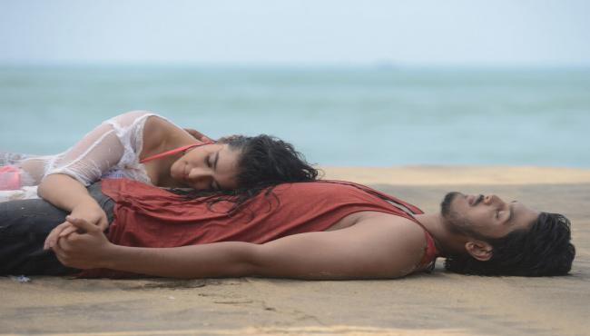 romantic movie stills Photo Gallery - Sakshi