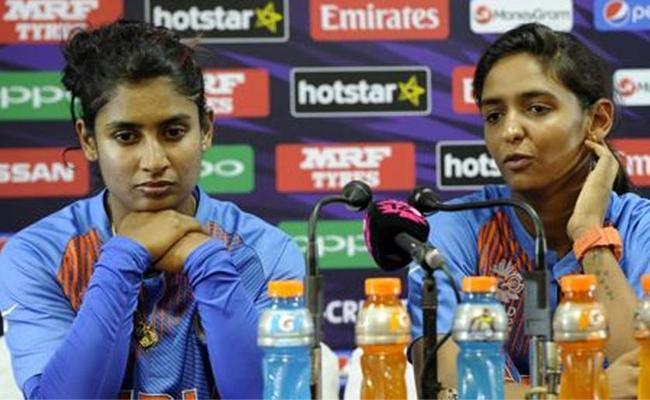 Harmanpreet Kaur wanted to take a break from international cricket - Sakshi