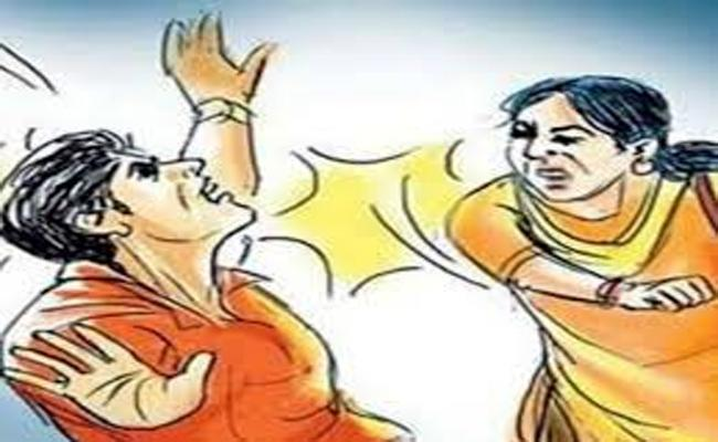 Wife Killed Her Husband In Adilabad - Sakshi