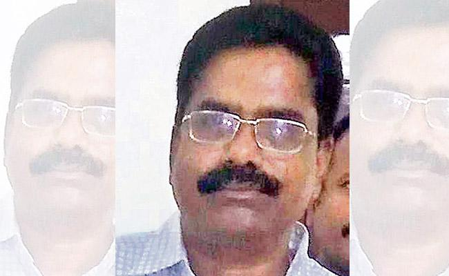 Police Case filed against Guntur DFO Mohana Rao - Sakshi
