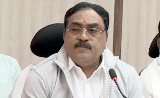 Errabelli Dayakar Rao Comments On Swachh Award To Peddapalli - Sakshi