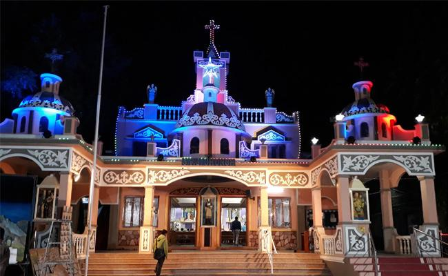 Famous Historical Churches In Hyderabad - Sakshi
