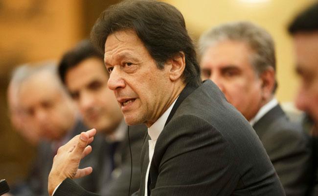 Imran Khan Says Ready To Hold Referendum In PoK - Sakshi