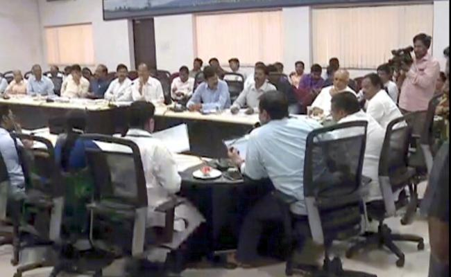 YSRCP MLAs Karanam Dharamasri And Others Slams On Chandrababu Naidu In Visakhapatnam - Sakshi