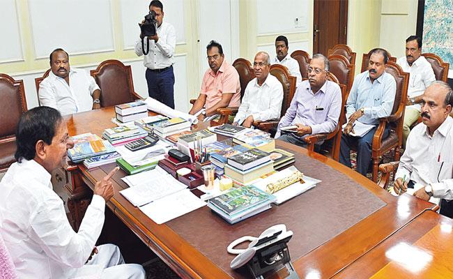 CM KCR Review Meeting On Irrigation Projects And Water Resources Consumption - Sakshi