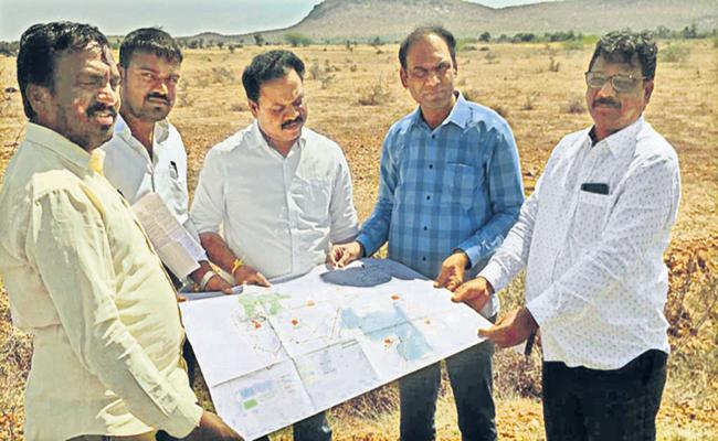 Mega Solar Power Plant in Donakonda - Sakshi
