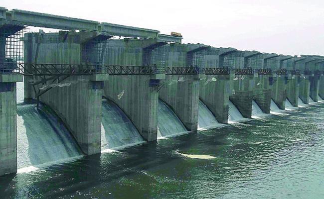 Budget May Decrease For Irrigation In State Budget - Sakshi