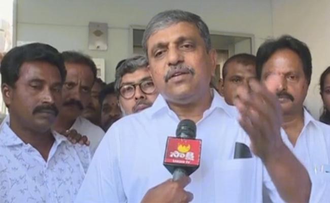 Sajjala Ramakrishna Reddy Attended Meeting In Tadepalli   - Sakshi
