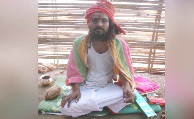 Young Man Fasting From 6 Moths In Adilabad - Sakshi