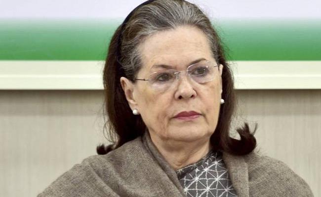 Sonia Gandhi Wites Letter To Narendra Modi Over Corona - Sakshi