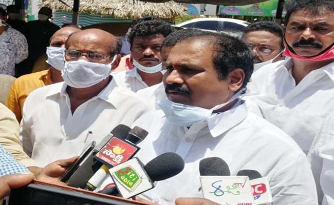 Kurasala Kannababu Slams TDP Leaders East Godavari - Sakshi