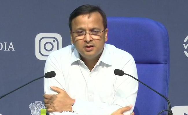 Center Health Ministry Releases Health Bulletin Over Corona Virus - Sakshi