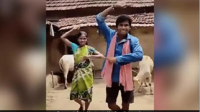 Siblings From Jharkhand Are Going Viral For Their Dance Videos - Sakshi