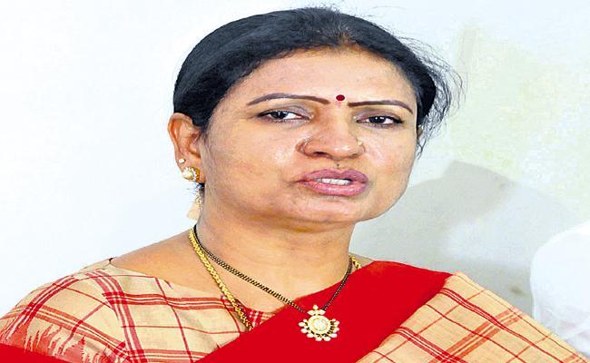 Hyderabad as Corona Hub says DK Aruna - Sakshi