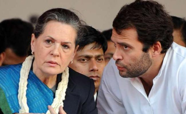 Two More Congress MLAs submit their resignations in Gujarat - Sakshi