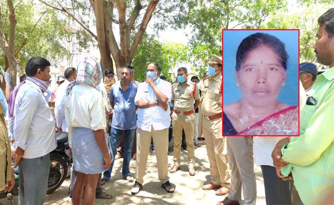 Women Missing in Forest And Found After Four Days Prakasam - Sakshi