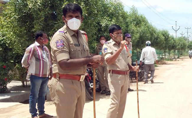 Police Attack on Premnagar Prostitution Houses Rajanna - Sakshi