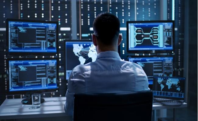 Cyber Criminals Money Withdraw in Kolkata With Indian IP Address - Sakshi