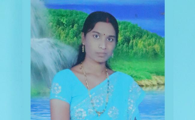 Younger Brother Killed Elder Sister in YSR Kadapa - Sakshi
