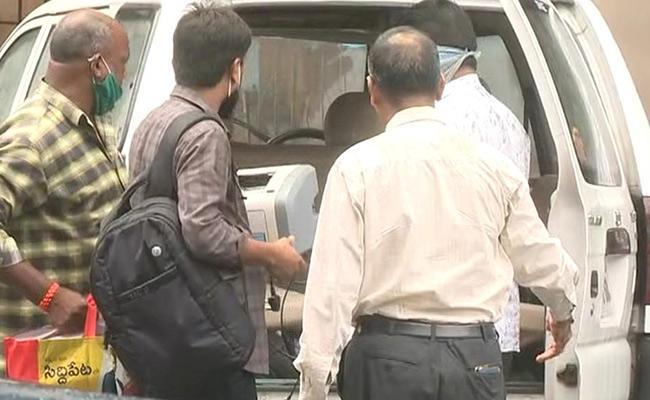 ACB Searches On Tahsildar Nagaraj House - Sakshi