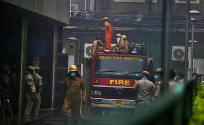 Fire On 6th Floor Of Parliament Annexe Building - Sakshi