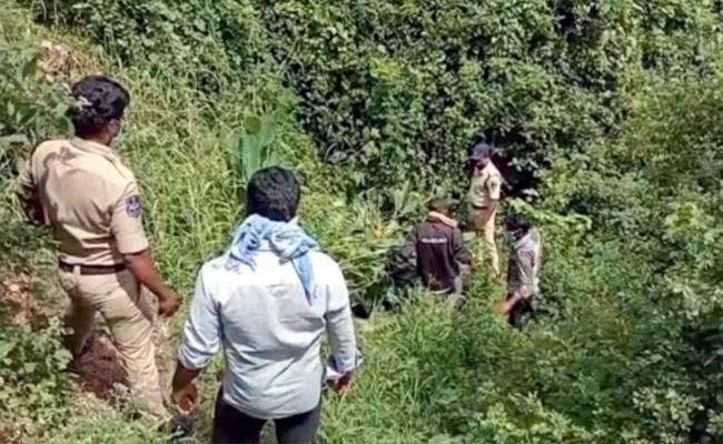 Man Assassinated Brutally In Rangareddy - Sakshi