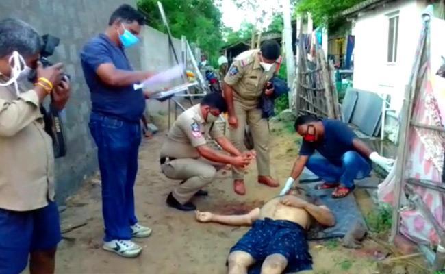 Rowdy Sheeter Eliminated Retired ASI At Chirala In Prakasam - Sakshi