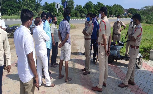 Unknown Kills Petrol Pump Employee While Sleeping in Nizamabad - Sakshi