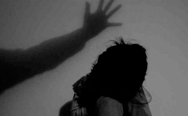 Man Molested Minor Girl For 6 Months In Prakasam - Sakshi