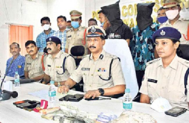 Aunty Assassinated By Son In Law Due To Money In Warangal - Sakshi