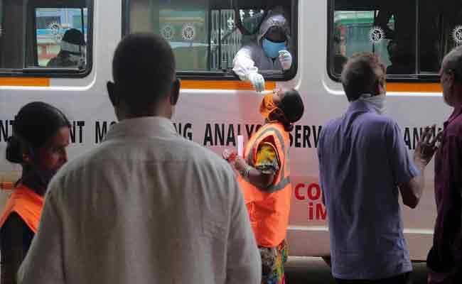 Coronavirus : 2426 New Cases And 13 Deaths In Telangana  - Sakshi