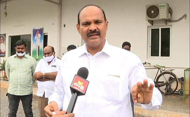 YSRCP MLAs Slams TDP Leaders Over Insider Trading Amaravati - Sakshi