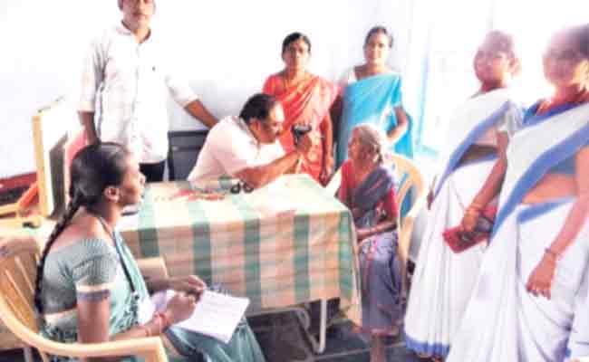 Government Speed Ups The Process Of YSR  Kanti Velugu Scheme  - Sakshi