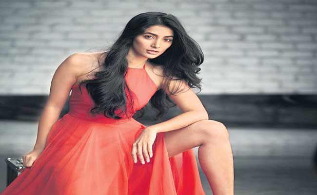 Pooja Hegde Back To Movie Sets - Sakshi