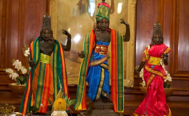 India All Set To Get Back 15th Century Idols Of  From UK - Sakshi