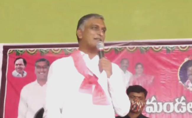 Tanneru Harish Rao Visits Dubbaka Village In Siddipet - Sakshi