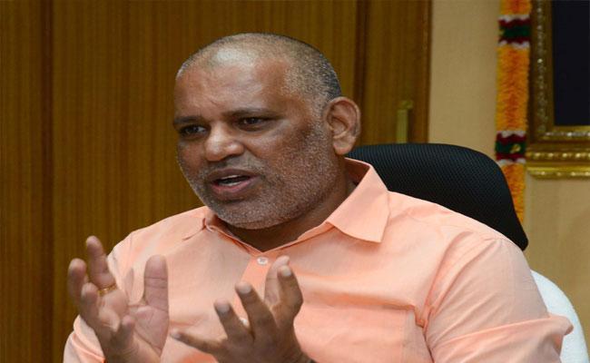 Chevireddy Bhaskar Reddy Slams Chandrababu Over TTD - Sakshi