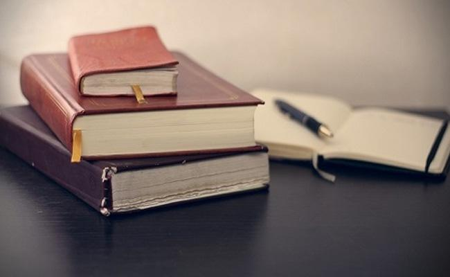 Stop Printing Calendars, Diaries, Go Digital: Govt Depts Told - Sakshi