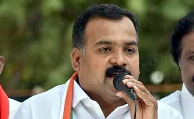 Manickam Tagore Slams TRS Government - Sakshi