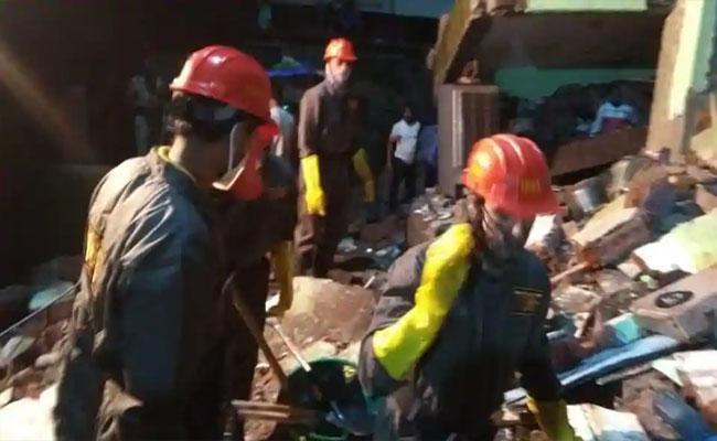 8 DeceasedAs Building Collapses In Maharashtras Bhiwandi - Sakshi