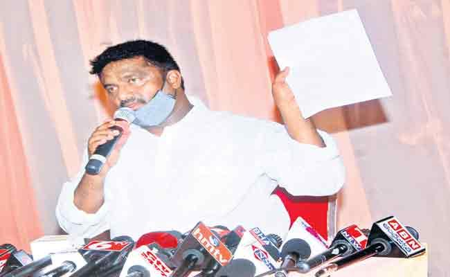 Cantonment Board Vice President Resign To TRS Party - Sakshi