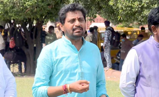 Vijayanagaram MP Bellana Chandrasekhar Counter Attacks On TDP  - Sakshi