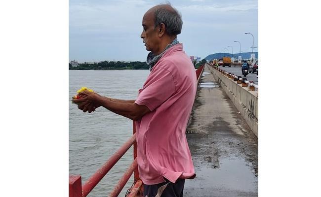 Old Man Jumped Into The River Krishna - Sakshi