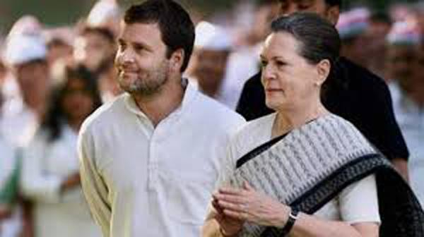 Sonia Gandhi Returns From US After Medical Check up - Sakshi